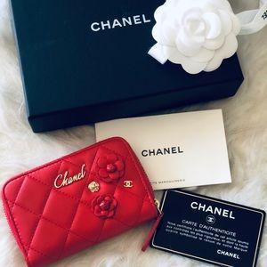 Chanel Camellia card case holder in Rouge.
